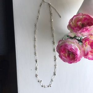 Jewelry - Long silver necklace